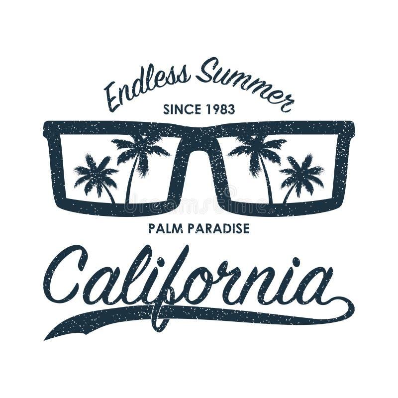 Cópia do grunge de Califórnia para o t-shirt com óculos de sol e palmeiras Tipografia para a roupa, fato original do verão Vetor ilustração stock