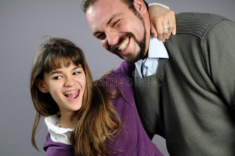 córka wyrażający ich ojciec miłości fotografia royalty free