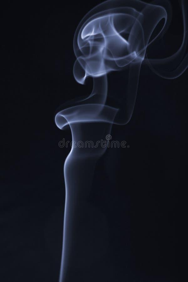 Córregos de um fumo imagens de stock