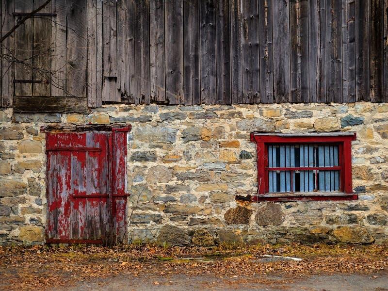 Côté d'une grange photographie stock