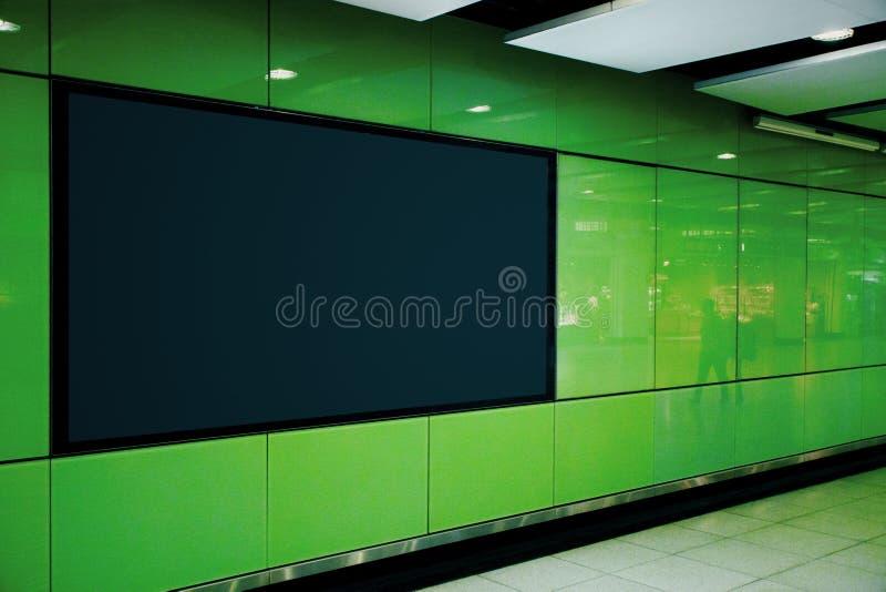 Côté noir vide d'affiche de souterrain image stock