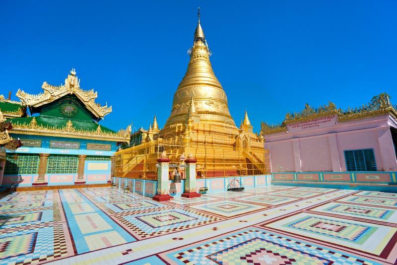 Côte de Sagaing, Mandalay, myanmar. images stock