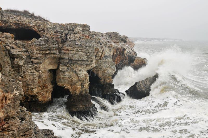 Côte de tempête images stock