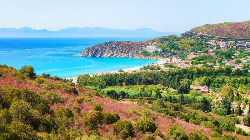 Côte de Villasimius à la mer de Mediterrenian à Cagliari Sardaigne du sud image stock