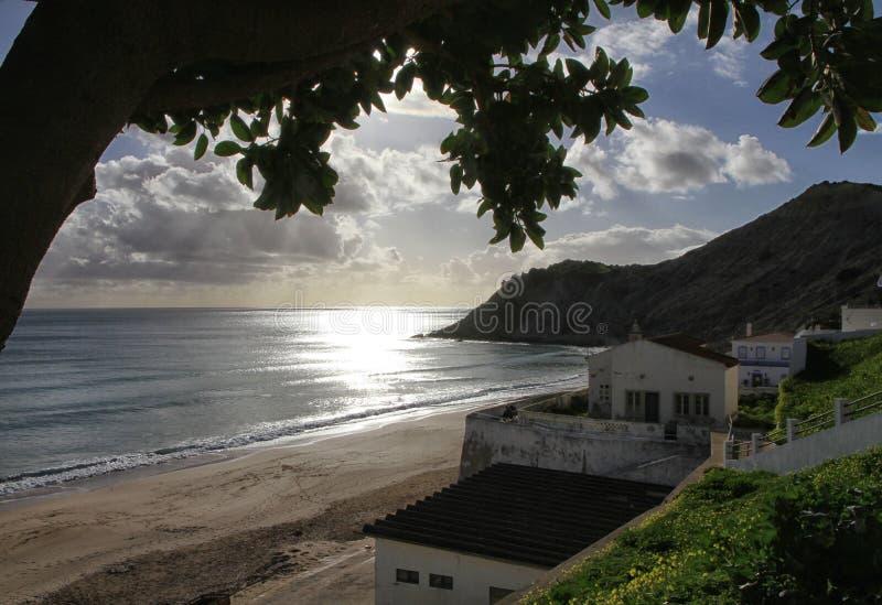 Côte et plage d'Algarve photographie stock