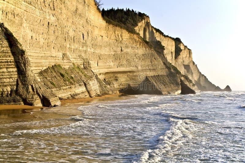 côte Grèce de falaise photos stock