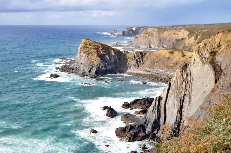 Côte rocheuse du Portugal photo libre de droits