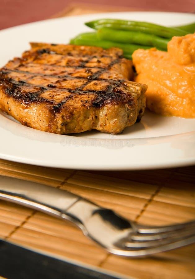 Côtelette de porc grillée photographie stock