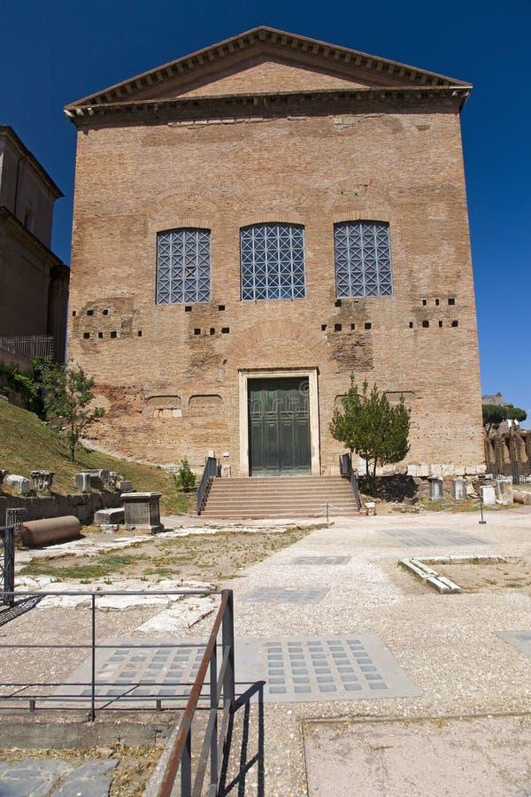 A cúria, Roman Senate adiantado no fórum, ANÚNCIO construído 283 por Diocletius, Roma, Itália, Europa imagens de stock royalty free