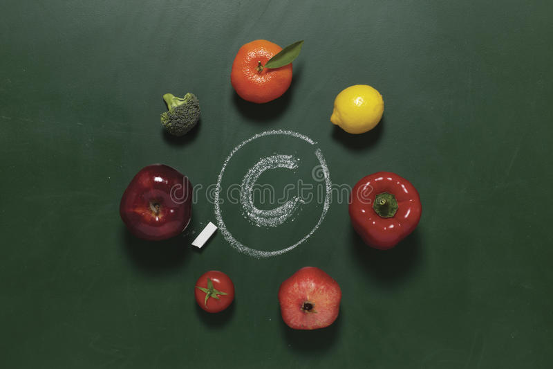 c包含果菜类维生素 免版税库存图片