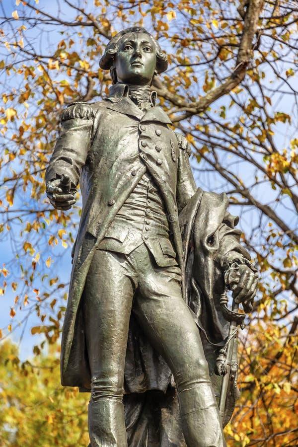 C.C d'Autumn Washington de parc de Lafayette de statue du Général Lafayette image stock