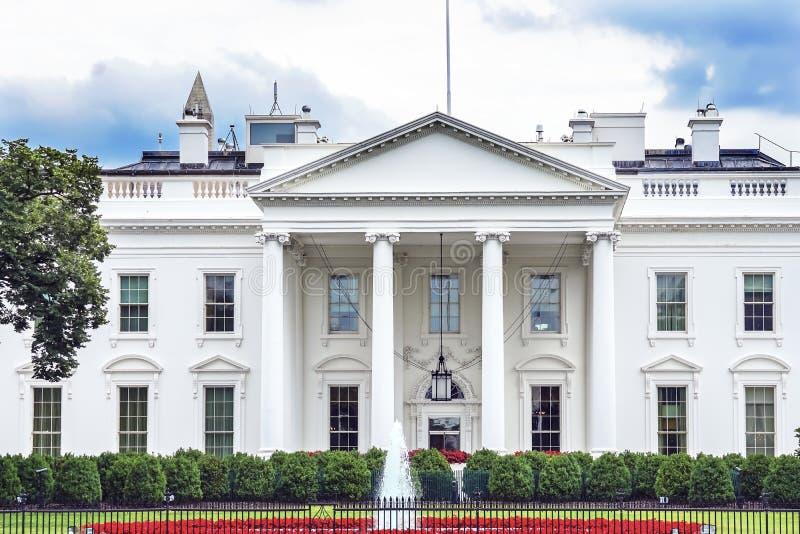 C.C de Washington Monument Pennsylvania Ave Washington de porte de la Maison Blanche image stock