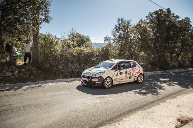 C Cardi & F Gilbert concurreert in 2019 WRC Tour DE Corse stock afbeelding