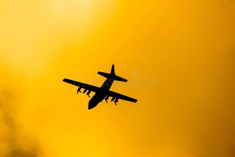 C-130 de l'Arm?e de l'Air tha?landaise royale photos libres de droits
