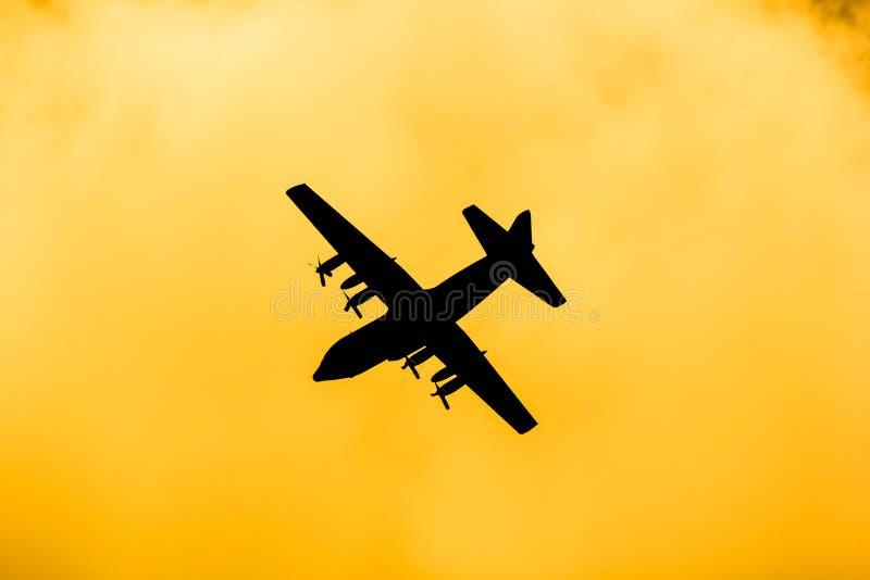 C-130 de l'Arm?e de l'Air tha?landaise royale photo libre de droits