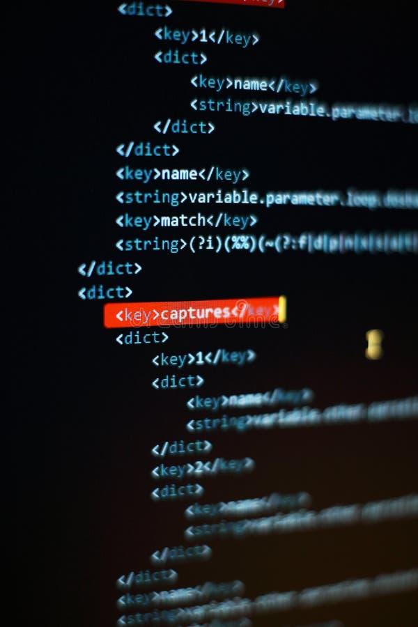 C?digo abstracto de la escritura del ordenador Pantalla programada del c?digo del desarrollador de software Tiempo de trabajo de  fotos de archivo libres de regalías