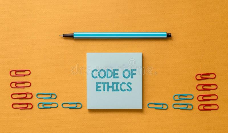 C?digo ?tico del texto de la escritura La guía básica del significado del concepto para la conducta profesional e impone el espac foto de archivo libre de regalías