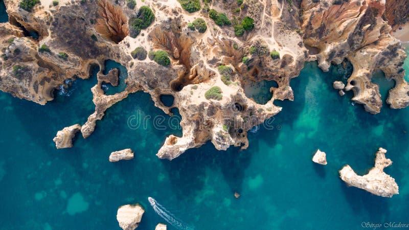 C'est Praia Dona Ana à Lagos dans Algarve photos libres de droits