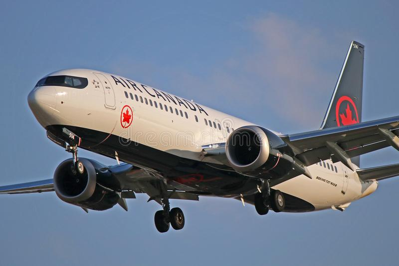 C-FSLU: Air Canada Boeing 737 max 8 stockfotos