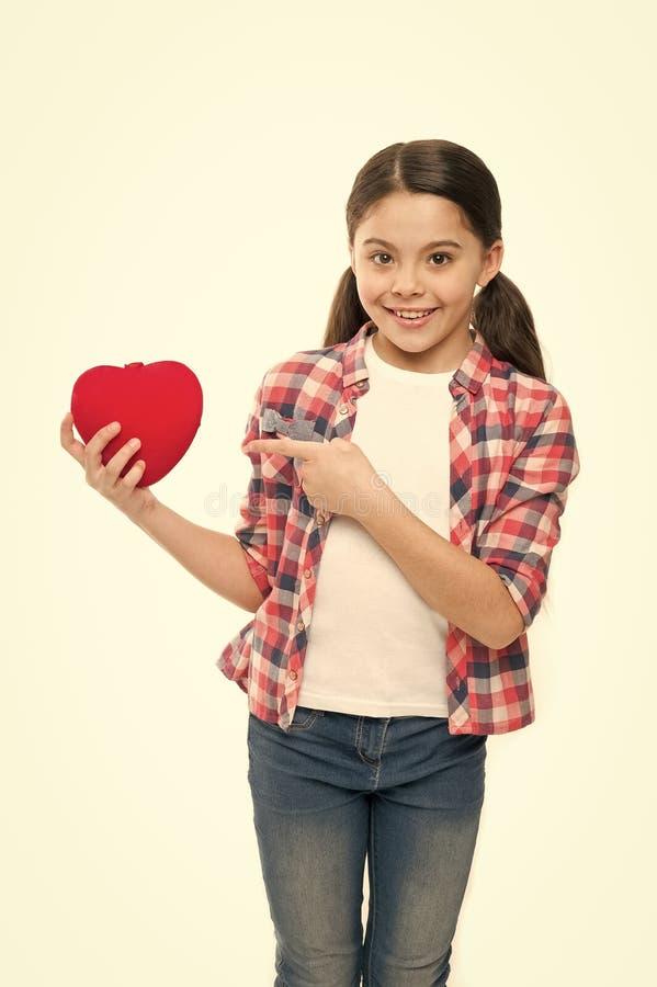 C?l?brez le jour de valentines Amour et concept romantique de sentiments Attribut rouge de coeur de valentine Cadeau ou pr?sent d image stock