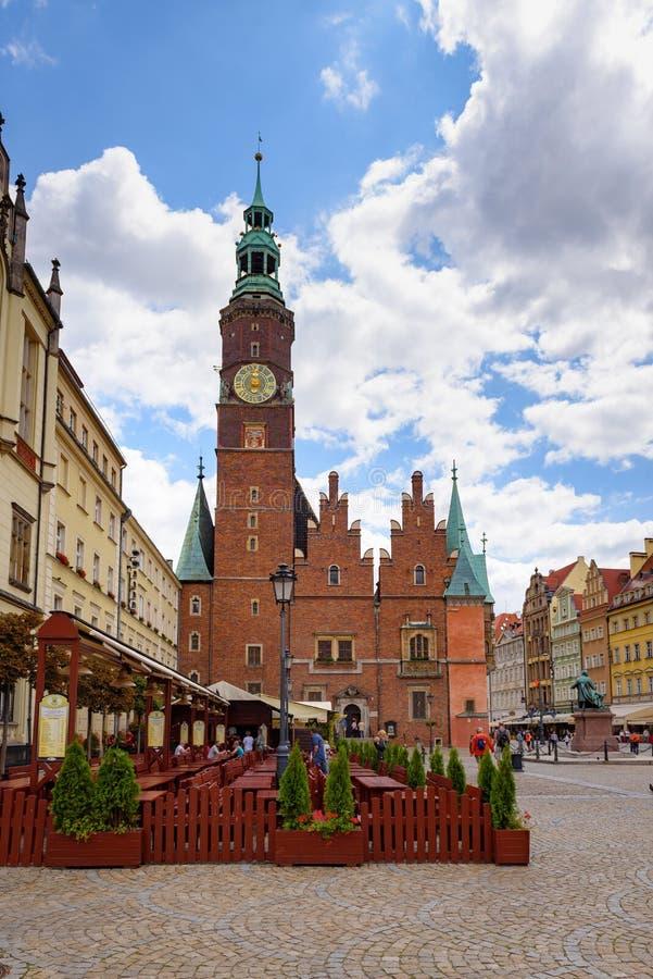 C?mara municipal velha no mercado em Wroclaw foto de stock royalty free
