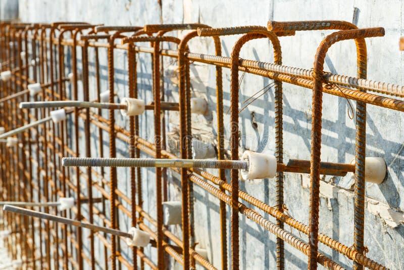 Cône en plastique de tige de renfort pour le coffrage de mur en béton image libre de droits
