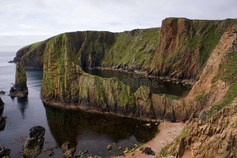 Côte dramatique de Westerwick (Shetland) photos libres de droits