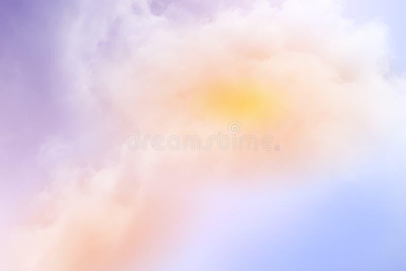 C?u nebuloso fant?stico com cor pastel do inclina??o, fundo do sum?rio da natureza fotografia de stock royalty free