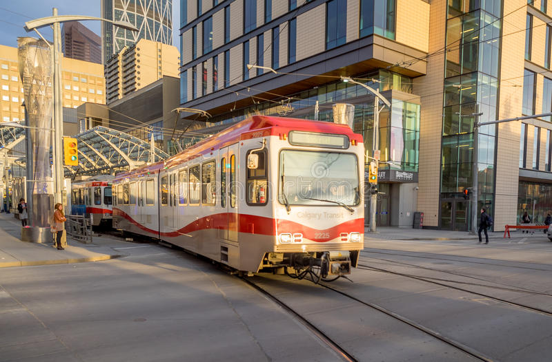 C-Zug in Calgary lizenzfreie stockbilder