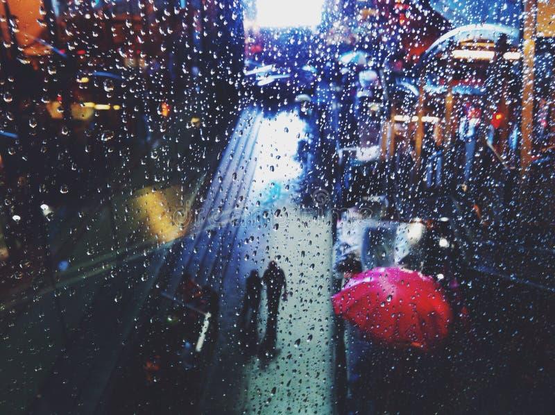 Caída de la lluvia fotografía de archivo