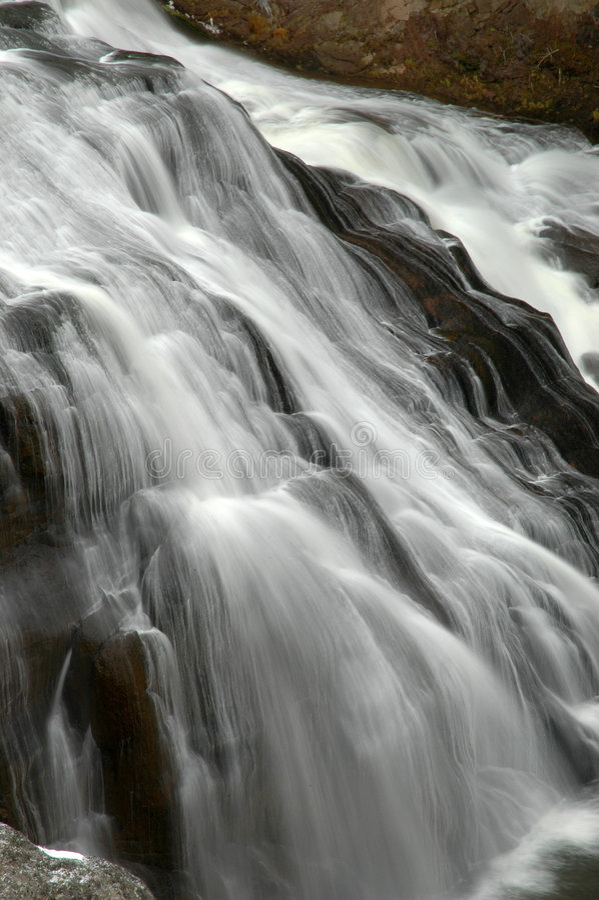 Caída del agua foto de archivo