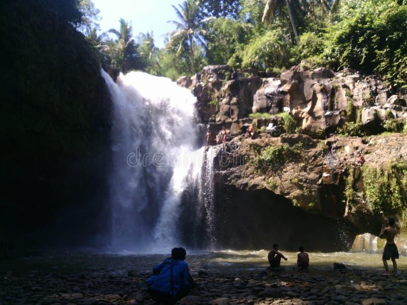 Caída del agua en Bali imagenes de archivo