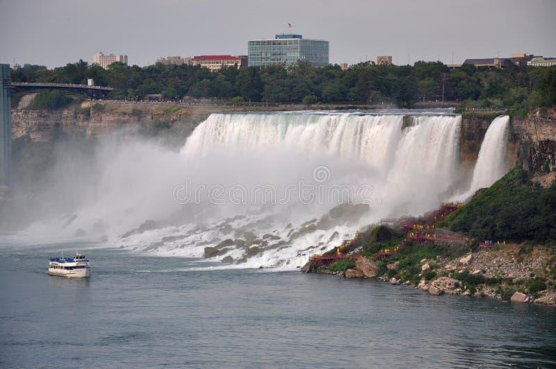 Caídas americanas de Niagara Falls fotografía de archivo libre de regalías