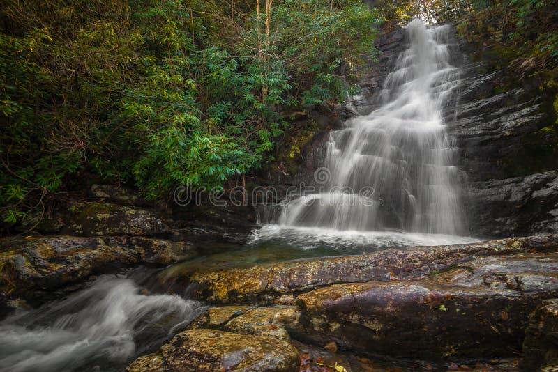 Caídas rojas de la bifurcación, Tennessee imagen de archivo libre de regalías