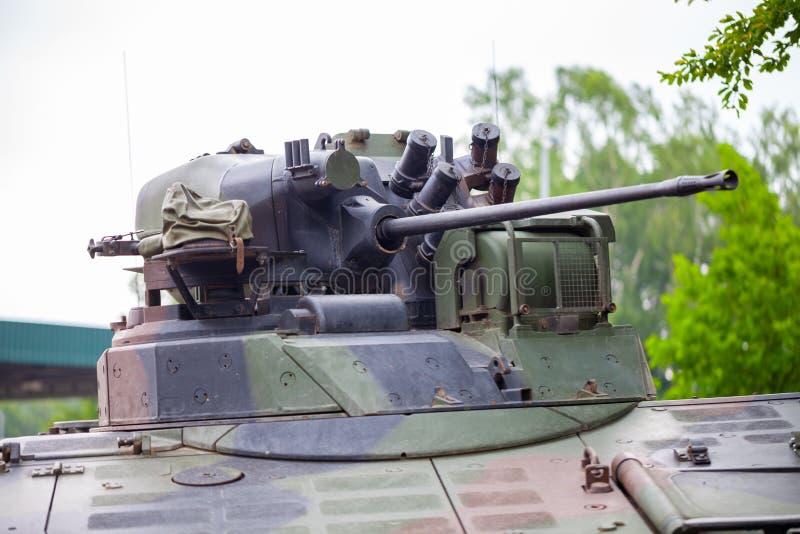 Cañón de un vehículo de lucha de la infantería imagen de archivo libre de regalías