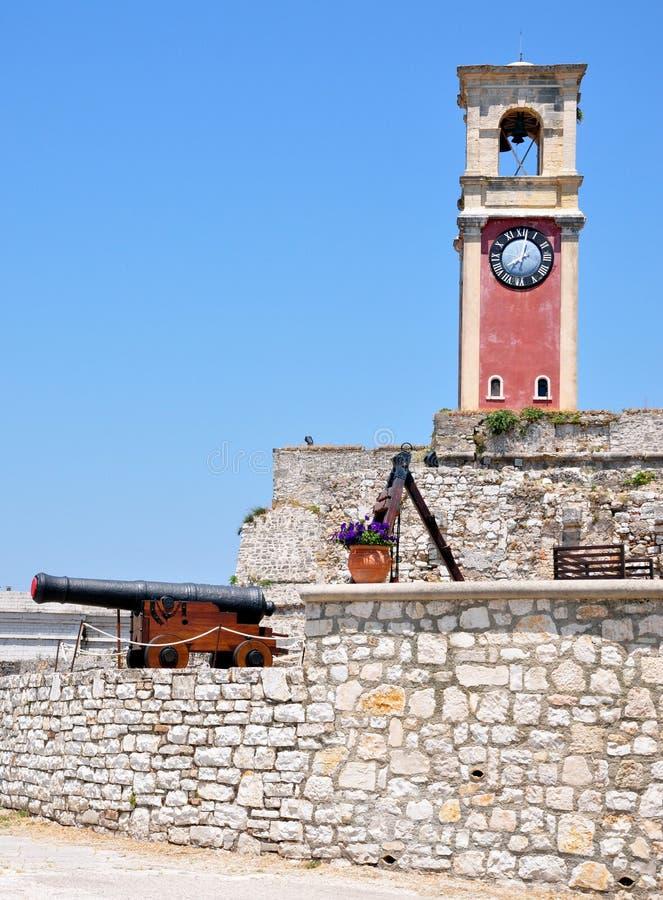 Cañón en la ciudad de la fortaleza de Corfú, Grecia, Europa fotografía de archivo