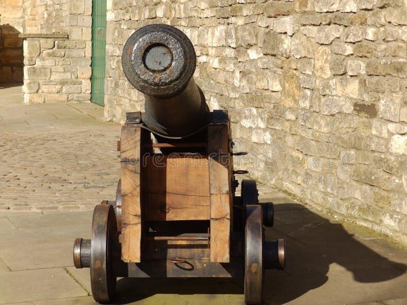 Cañón en Lincoln Castle foto de archivo
