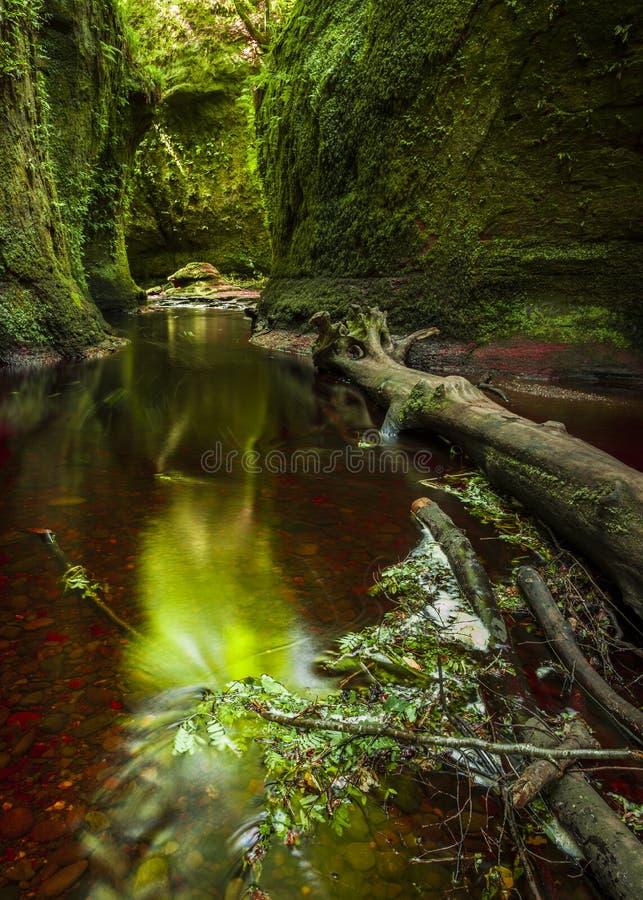 Cañada de Finnach, el púlpito de los diablos escocia Reino Unido fotografía de archivo