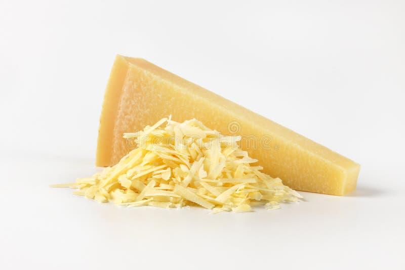Cały i kraciasty parmesan ser obrazy royalty free