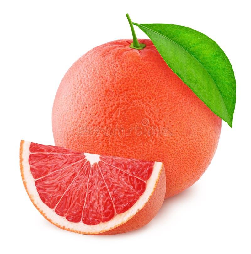 Cały różowy grapefruitowy z plasterkiem odizolowywającym na białym tle obraz royalty free