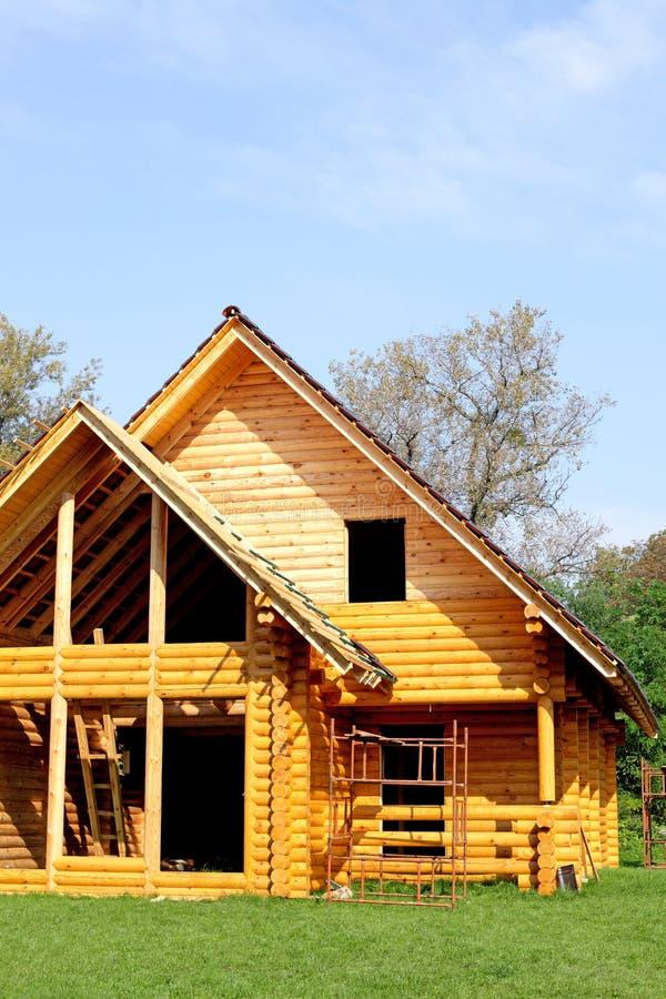 Cabaña de madera ecológica fotografía de archivo libre de regalías
