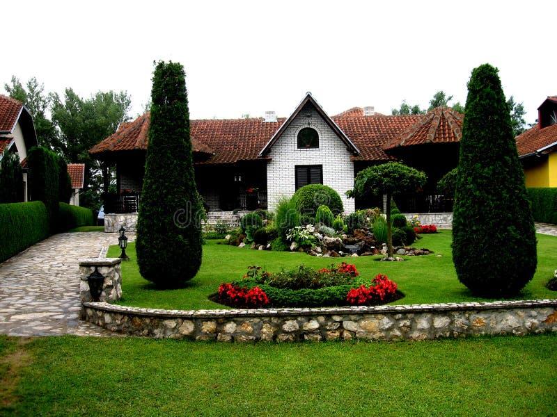 Cabaña, Serbia, jezero de Srebrno, Veliko Gradiste, imagenes de archivo