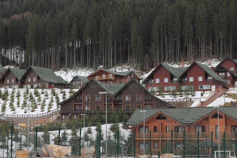 Cabañas en las montañas foto de archivo libre de regalías