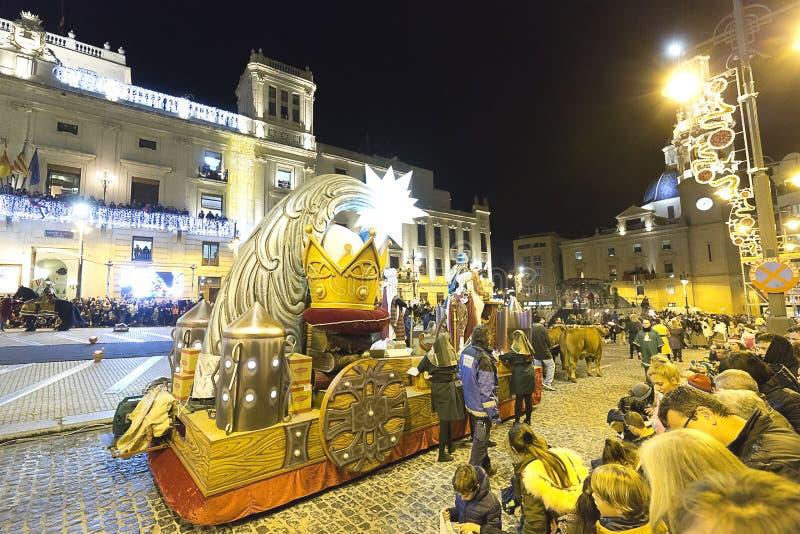 Cabalgata DE los Reyes Magos in de stad van Alcoy royalty-vrije stock afbeeldingen
