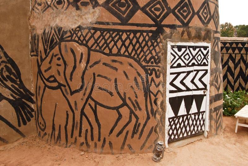 Cabana africana do adôbe imagem de stock