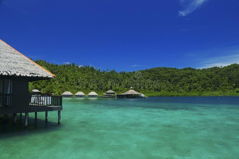 Download Cabana do feriado imagem de stock. Imagem de nuvem, azul - 53015