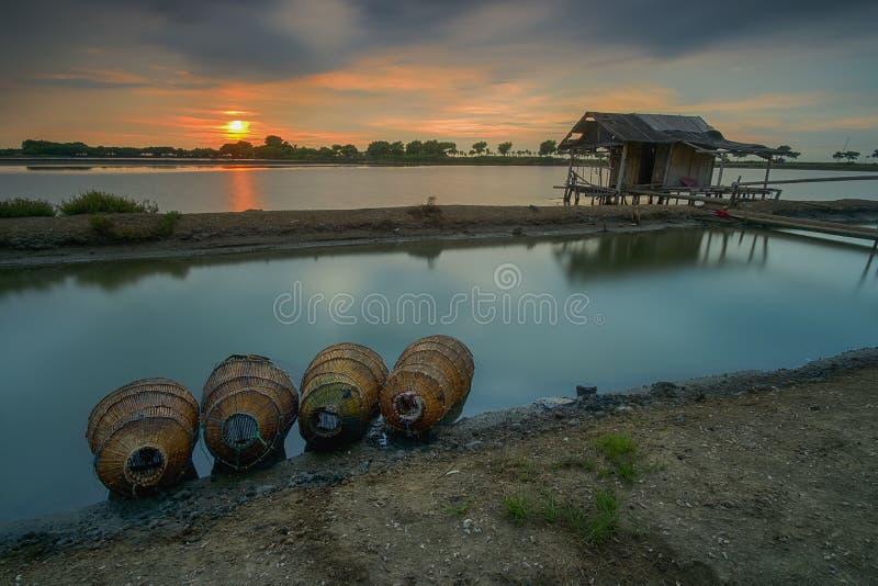 Cabanas, cartas, lagos, praias, pontes, bambu, lagoas fotografia de stock royalty free