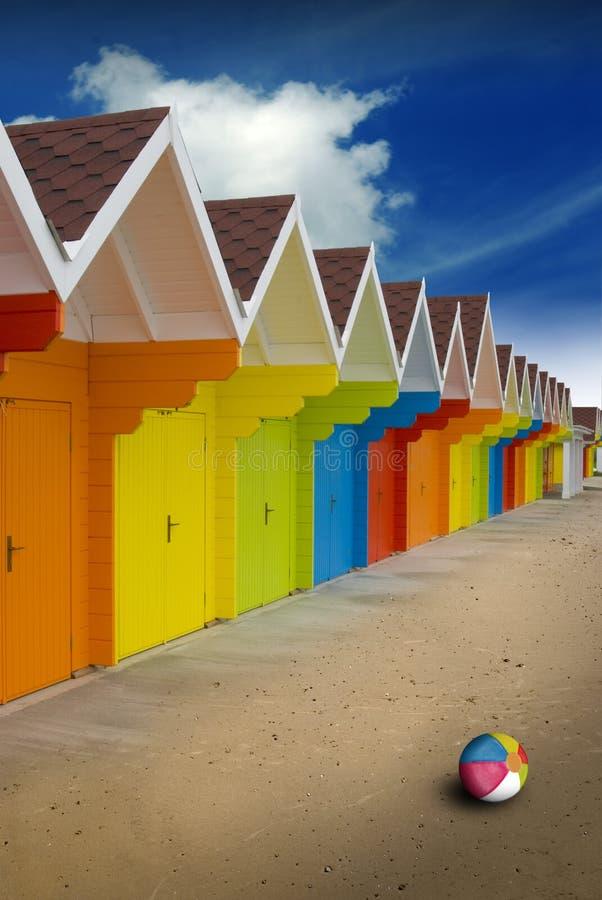 Cabanas da praia do verão fotos de stock royalty free