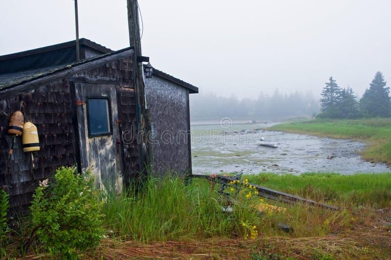 Cabane sur la prise d'eau de marée image stock