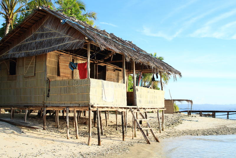 Cabane traditionnelle photo libre de droits